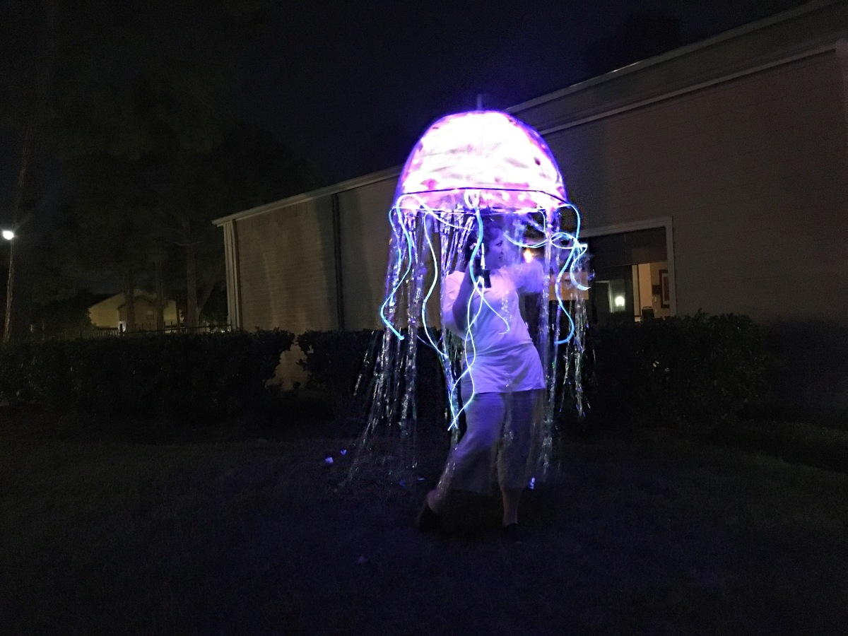 Writing again & Jellyfish DIY Costume